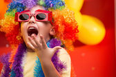 Fényképek Gyermeke kipróbálhassa a szórakoztató karnevál