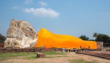 Reclining Buddha at Wat Lokayasutharam temple