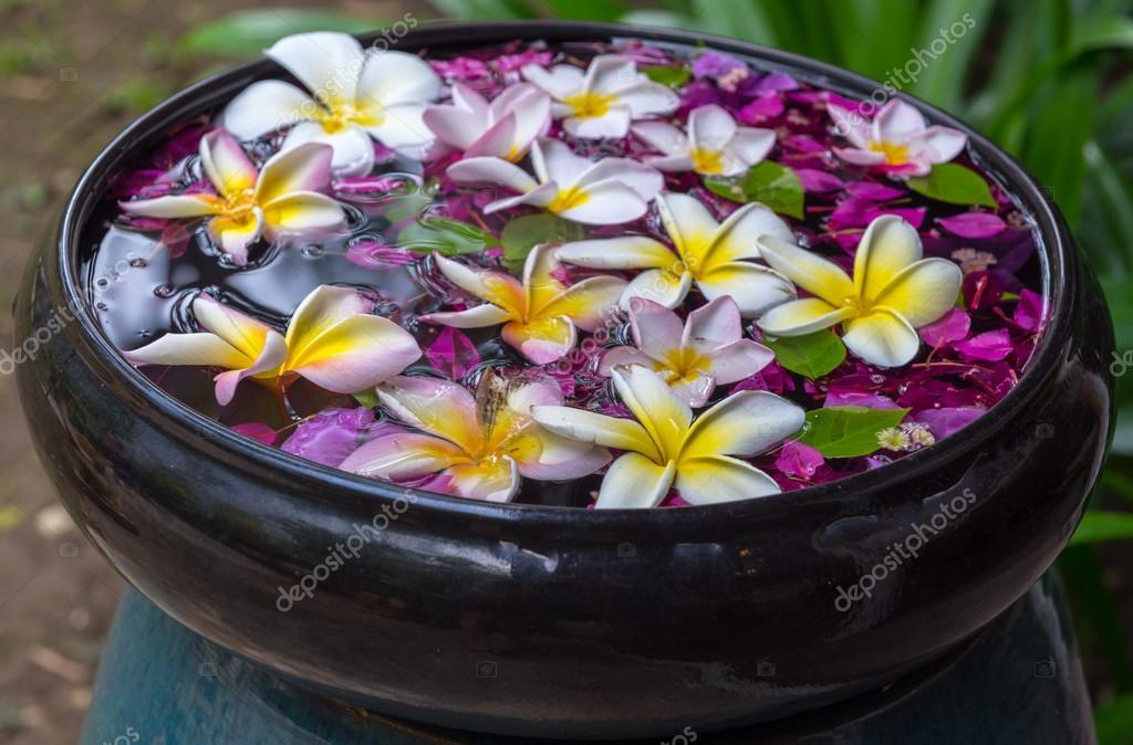Traditional thailand perfume