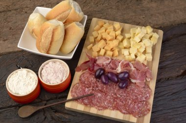 Charcuterie and Cheese Platter, Bread, Olives and Dippings