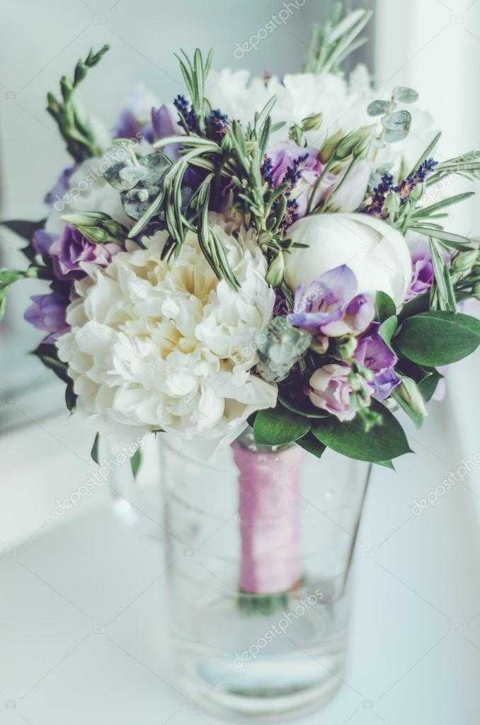 Beauty White Peony Lilac Lavender Roses Flower In Vase Pastel