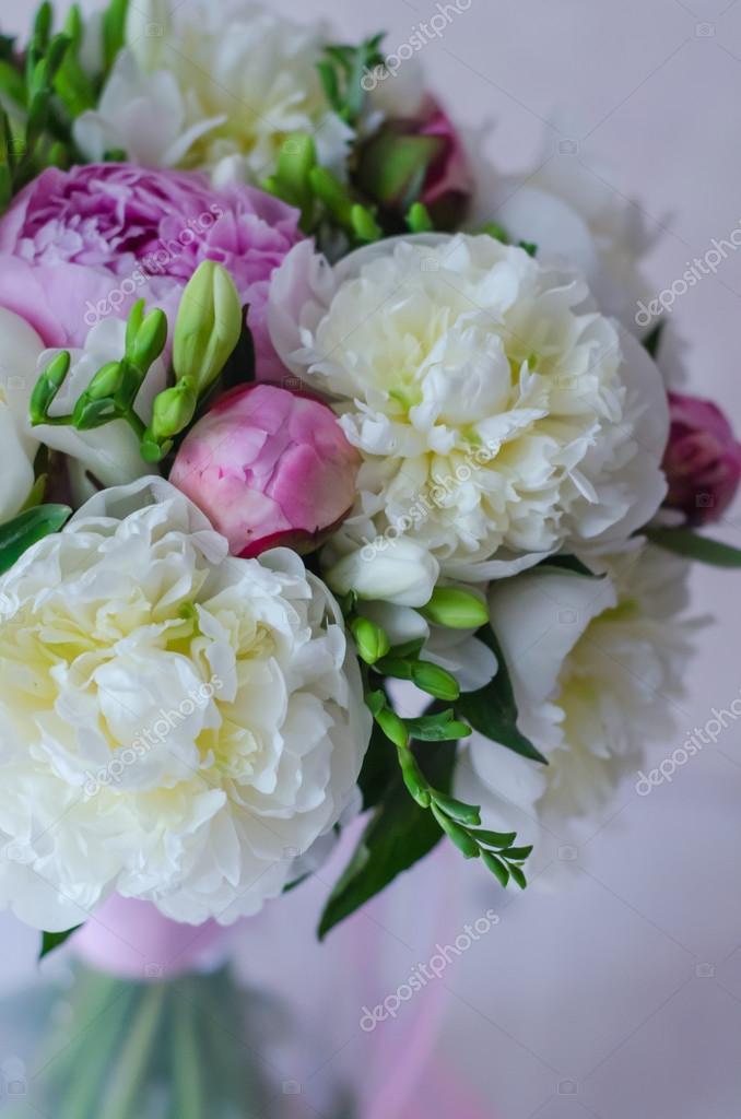 Hochzeit Braut Strauss Blumen Weiss Und Rosa Pfingstrose