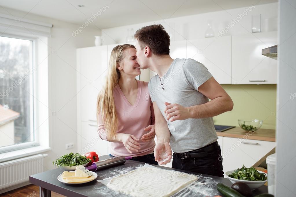 Секс На Кухне Любительский