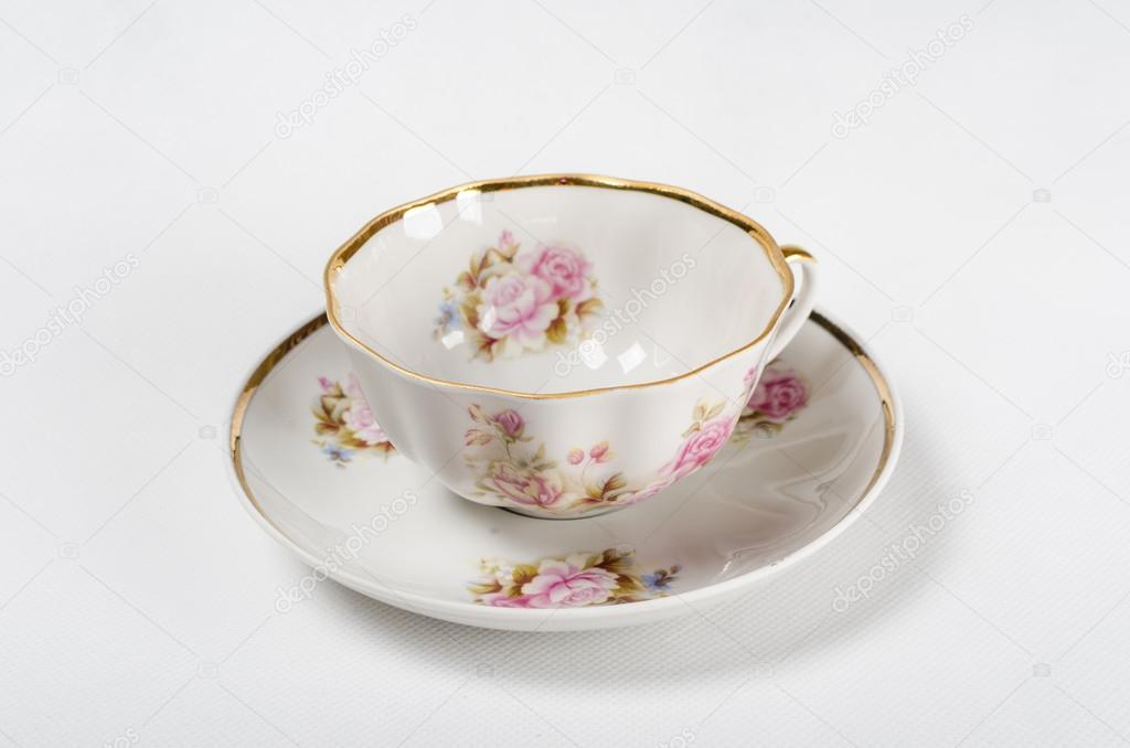 Antika Porselen çay Bardağı Beyaz Zemin üzerine çiçek Boyama Stok