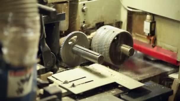dřevěné části stroje ruka