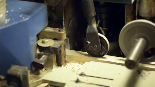 profesionální stroj dřevo