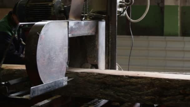 stroj protokoly dřevo