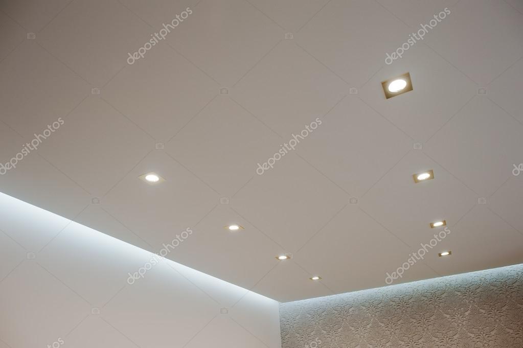 osiem z otych o wietlenie lampy wbudowane w sufit w cz z zdj cie stockowe asphoto777 104814694. Black Bedroom Furniture Sets. Home Design Ideas
