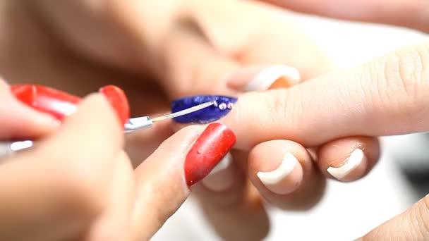 manikůra, proces, hřebíky, detail,