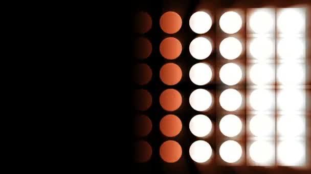 červené světlo žárovky