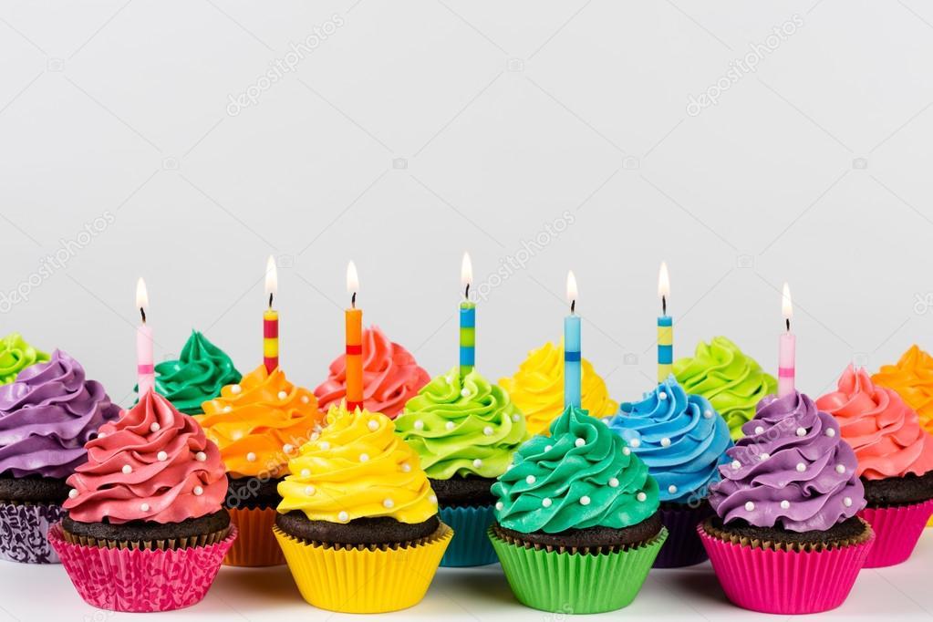 Geburtstag Muffins Stockfoto 169 Juliannafunk 74475809