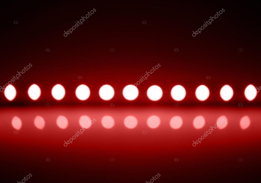Rood Licht Lamp : Spelen van rood licht op defocusing vervaging geleid lampen