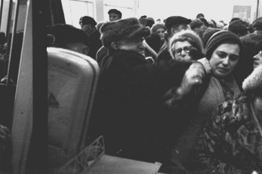 Customers inside polish Spolem market, Warsaw 1980