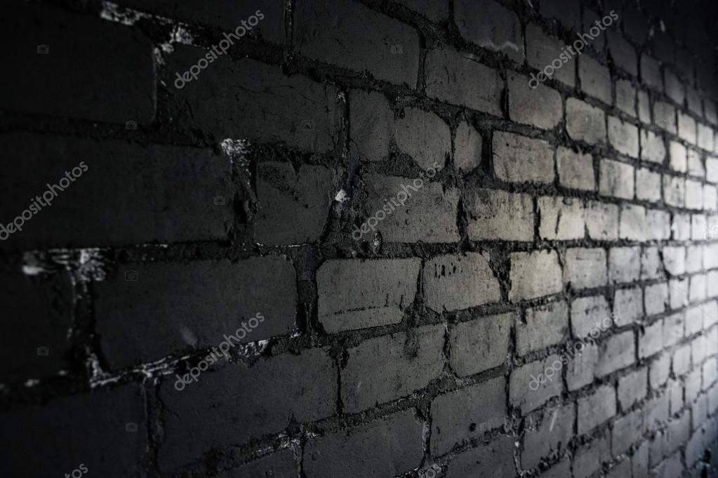 Seitenansicht auf schwarze mauer durch aus dem fenster beleuchtet stockfoto romankosolapov - Schwarze fenster ...