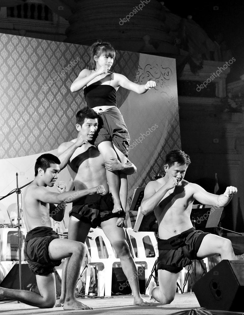 Thai martial arts show