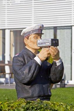 Warning speed camera