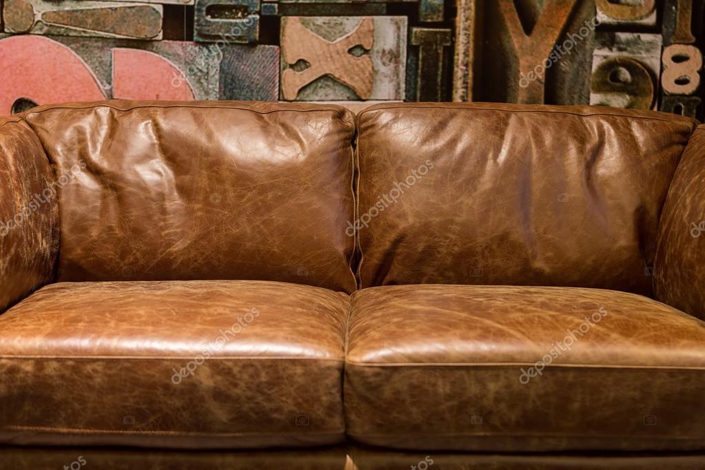 Divani Pelle Marrone Vintage : Divano in pelle marrone vintage u foto stock meg