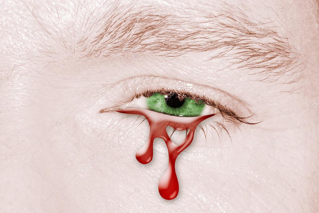 Ojo Llorando Sangre Fotos De Stock Bennymarty 102985230
