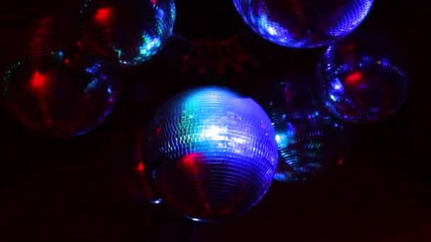 barevné koule disco