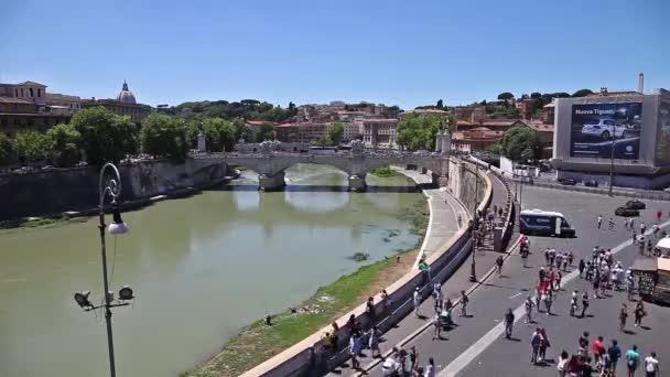 Panoráma města řeka Tiber