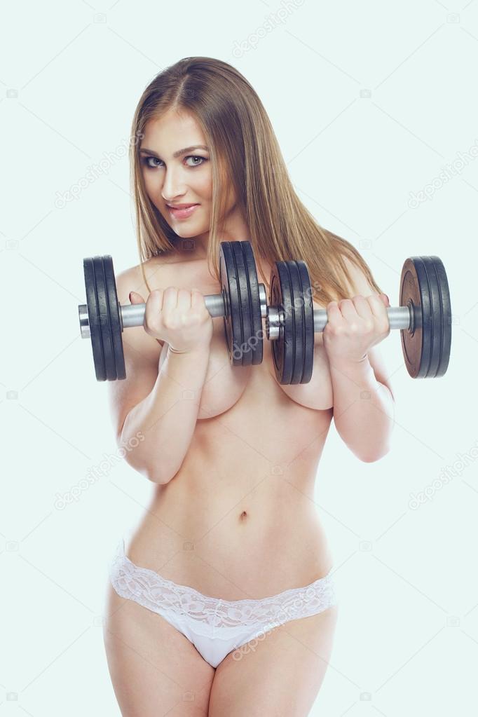 Naakt vrouwelijk fitness model