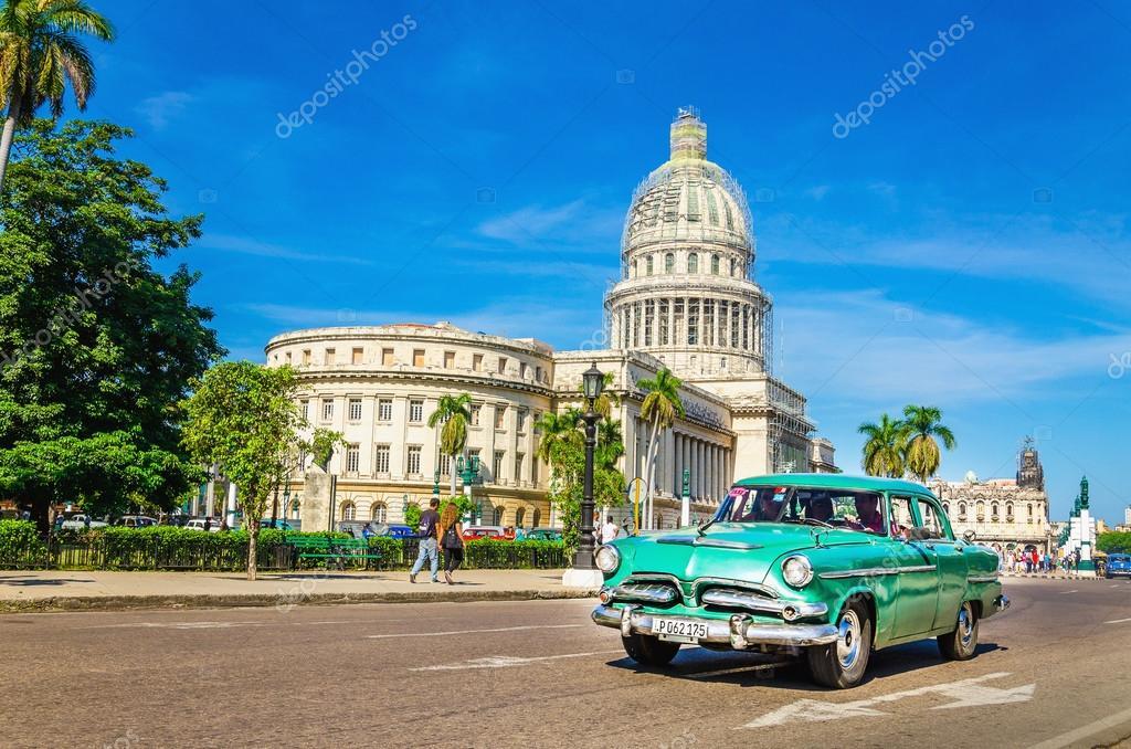 Old classic American green car – Stock Editorial Photo © ankamonika ...