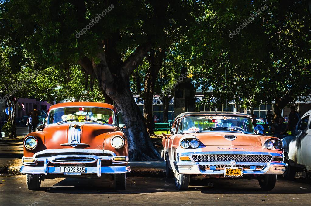 Old classic American cars – Stock Editorial Photo © ankamonika #72835339