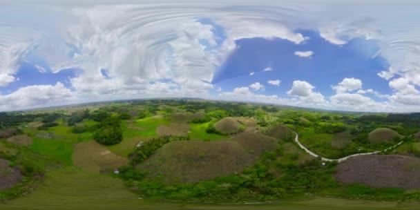 Csokoládé dombok. Bohol Fülöp-szigetek. 360 fokos nézet.