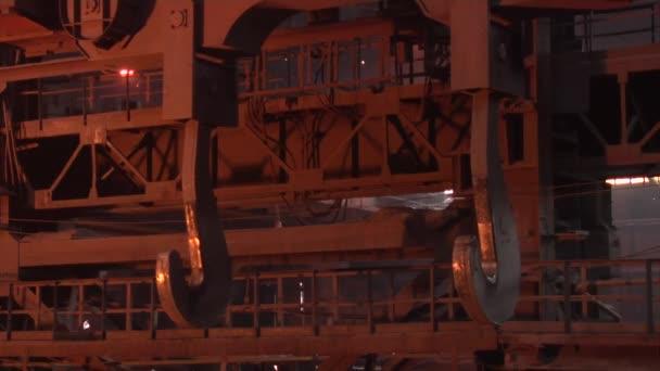 Metal Hooks Cranes for Transportation Orange Light Metal Frames