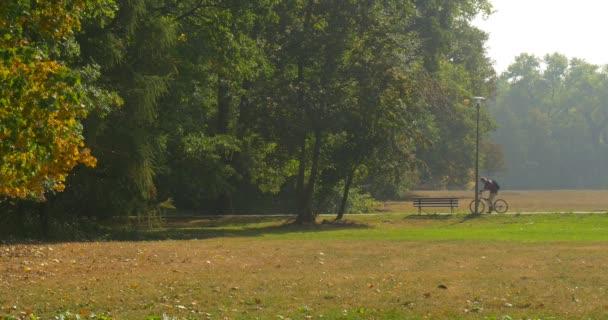 Man parks manure near democrats'