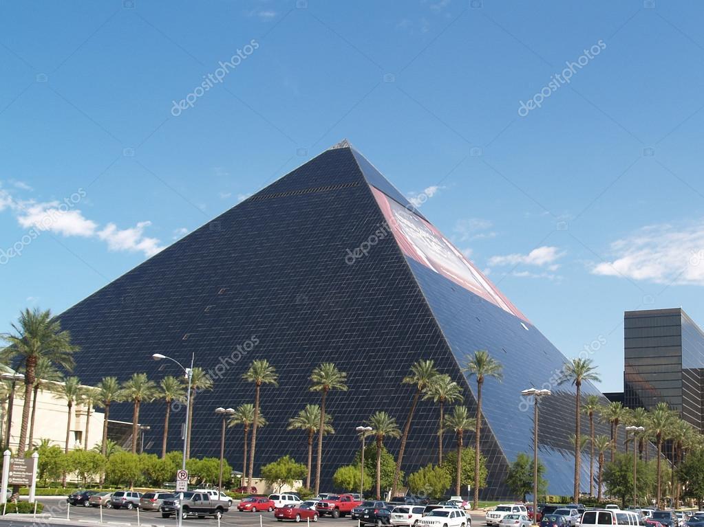 Luxor Hotel Las Vegas Stock Editorial Photo C Brians101 75246115