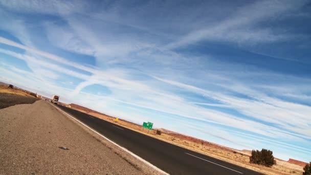 Sattelzug auf der Autobahn