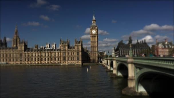 Westminsterský palác a Big Ben Londýn