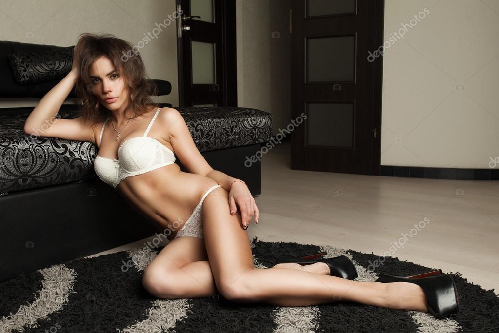 Hot brunette sexy