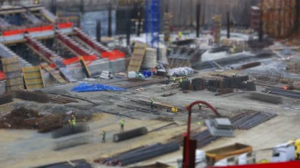 posun stavební zóna s těžkým vybavením a pracovníků 1-nakloněná rovina