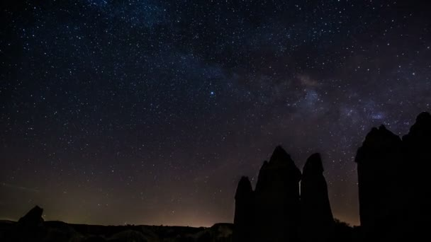 čas zániku Mléčná dráha přes noční oblohu 2