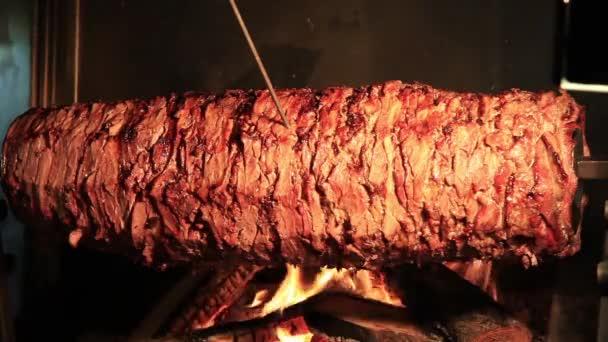 Lahodné Döner Kebab