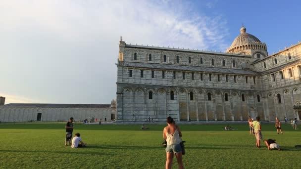 Věž na náměstí zázraků, Torre di Pisa na Piazza dei Miracoli v Pise