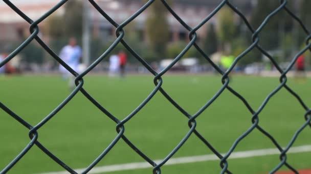Fotbal za plotem