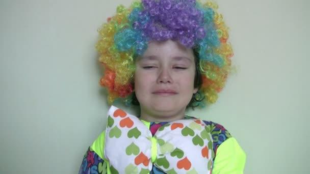 Malý klaun, pláč