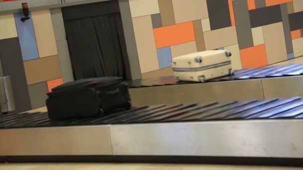 letiště zavazadel 2