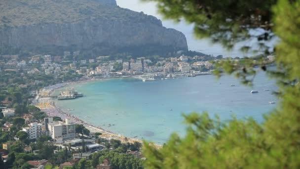 Areál pohled na pláž 5