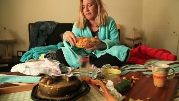 Depresivní žena, sledování televize