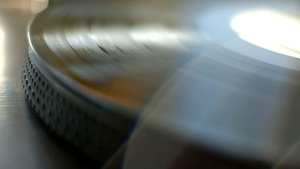 Gramofonu. Spinning vinyl záznam