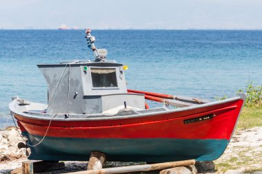 Boat repair at Thassos