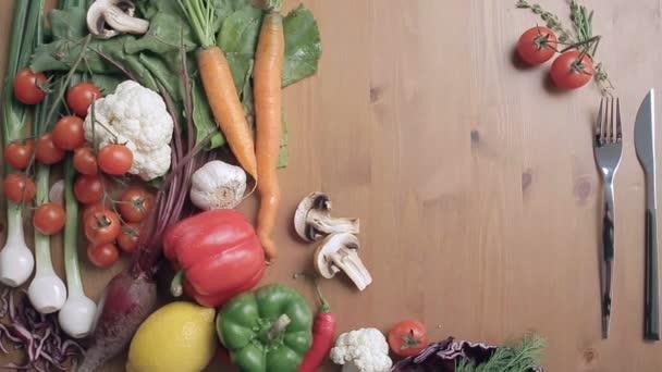 Zeleninové zátiší, chutné čerstvé zeleniny