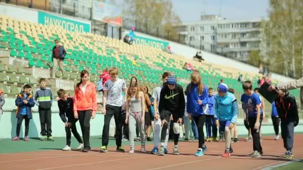 Oroszország, Novoszibirszk, 2015-re: A leckét a Testnevelési iskolában