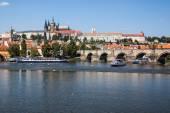 Pražský hrad v slunečný den