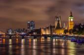 Big ben és a westminster bridge: alkonyat, london, Egyesült Királyság.