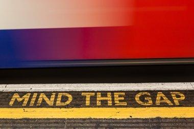 Mind the Gap, London underground